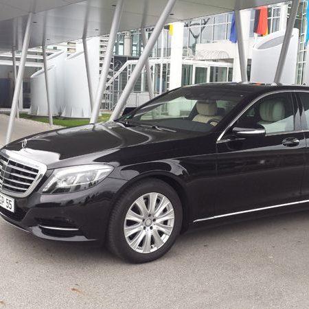 schwarzer S-Klasse Mercedes Chauffeurservice München