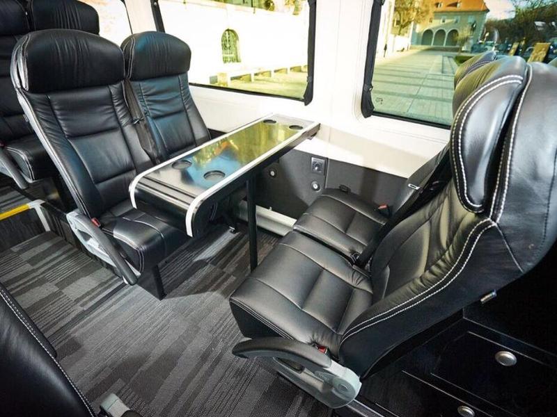 Bus Services in München Transfer Flughafen Messen Gruppen